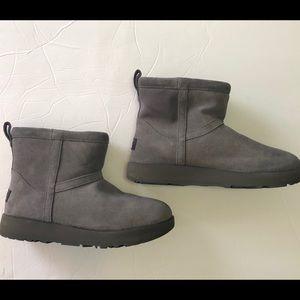 UGG Boots Classic Mini II Grey size 7.5